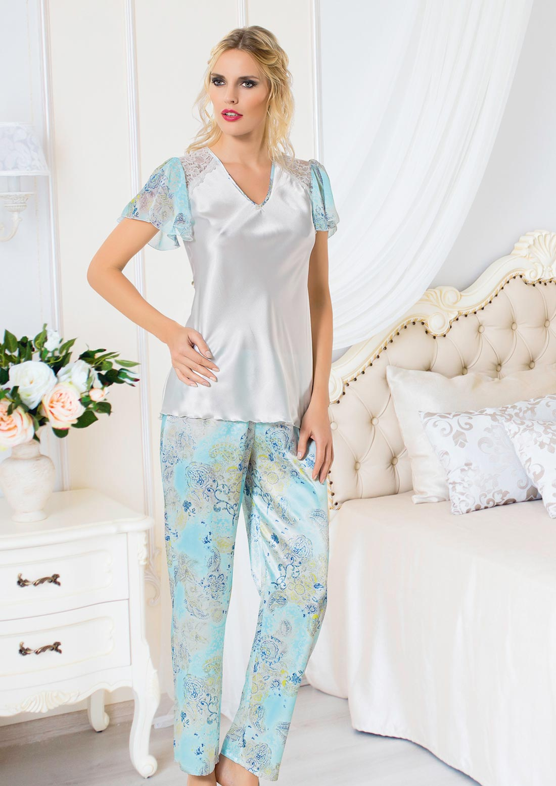 pijamale dama delicate din satin